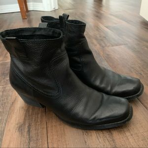 Nine West Black Booties Size 9